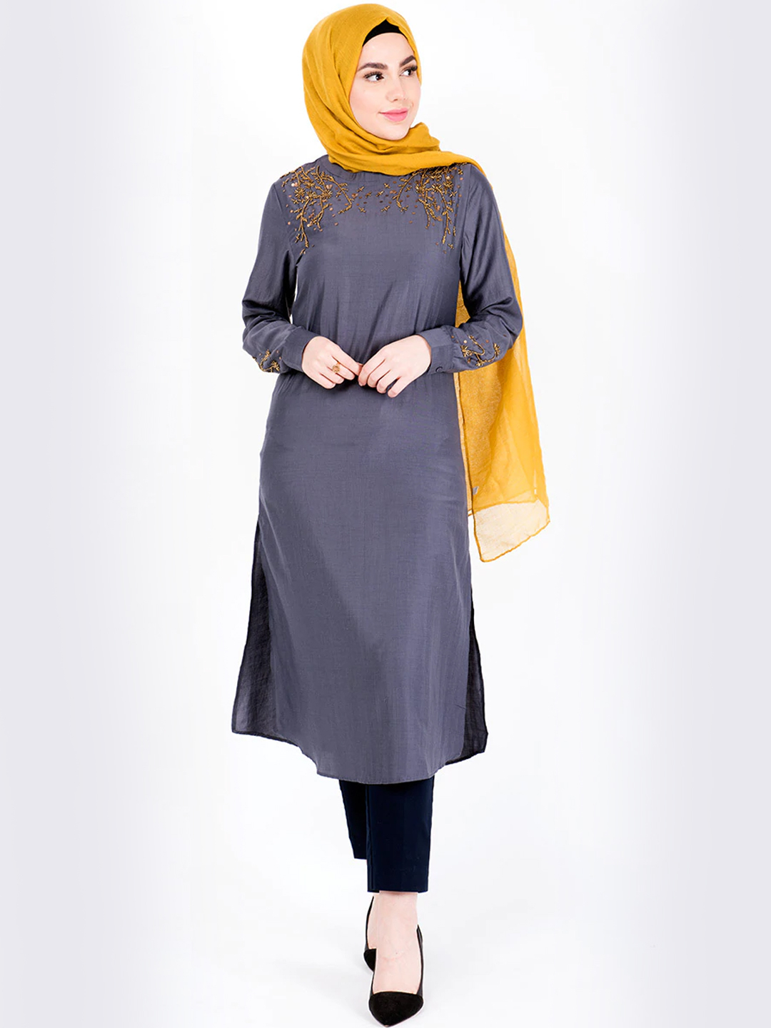 100% Polyester Midi Dress With Gold Beads In Grey