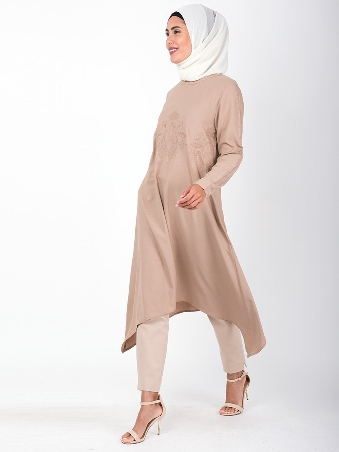 100% Summer Cool Polyester Midi Dress With Handkerchief Embroidered In Beige