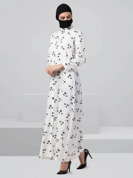 Crepe Front Open Printed Abaya In Black And White
