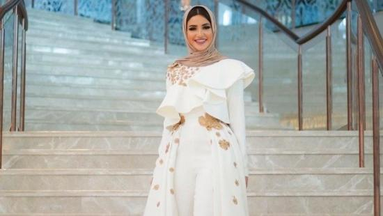styling-your-evening-jumpsuits-for-hijabi-women